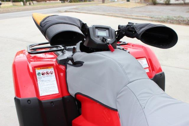Image shows a Quad fitted with a separate tank cover and a separate seat cover.