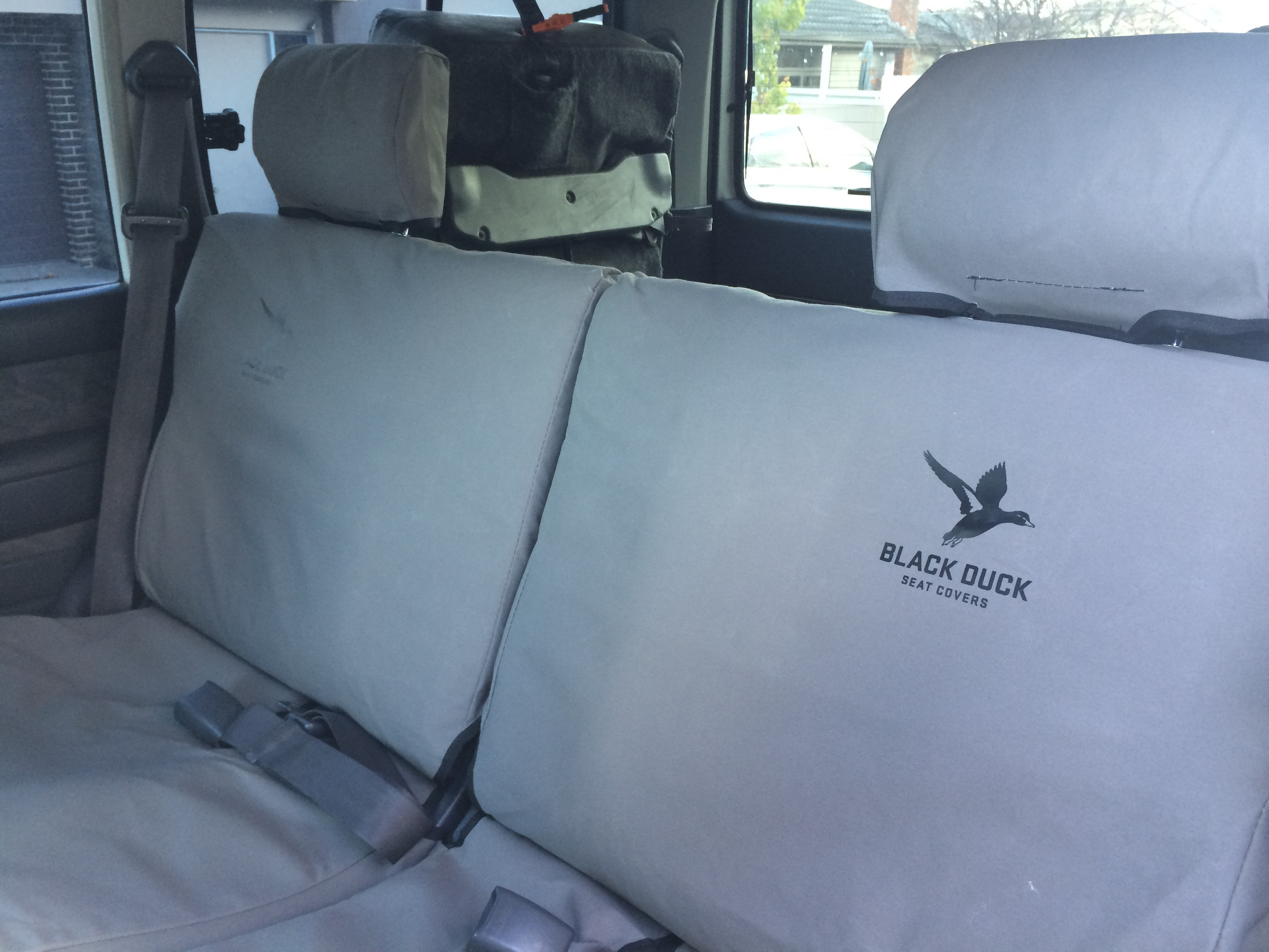 Make Sure You Fit Black Duck Seat Covers Suitable For Landcruiser GXL 80 Series Wagonrow 2