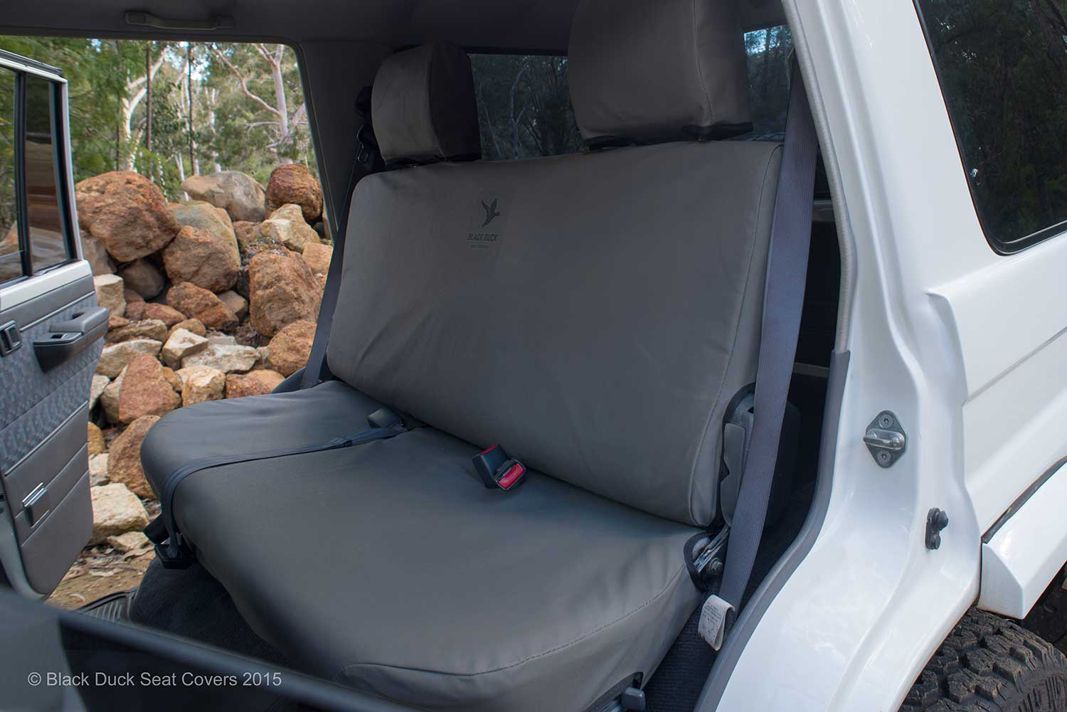 Black Duck Seat Covers Suitable For Rear Bench