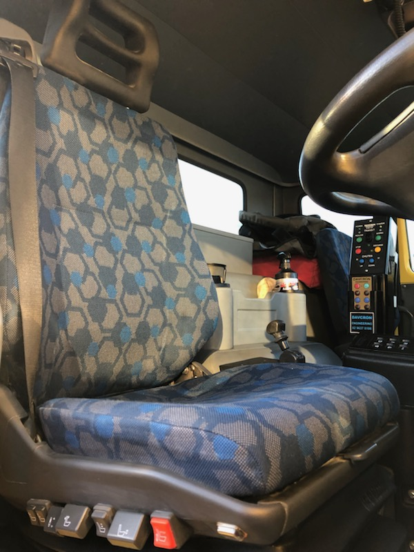 Wondrous Black Duck Seat Covers Iveco Acco 2350G Caraccident5 Cool Chair Designs And Ideas Caraccident5Info