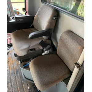 1999 - 06/2006   2100 & 2300 Series CASE IH HEADERS - Driver & Buddy set as per images. Black Duck® SeatCovers